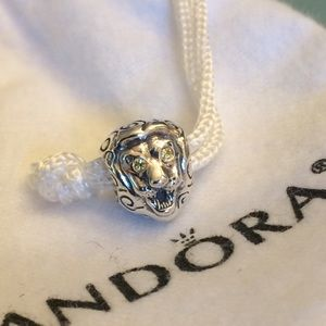 PANDORA Lion head charm with Citrine eyes